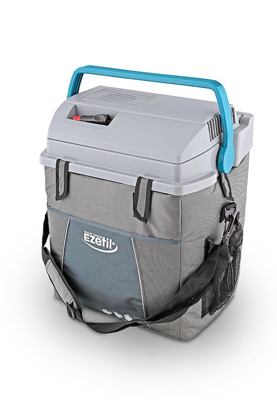 Термоэлектрический контейнер охлаждения Ezetil ESC 28 12V10875691Отсек для хранения шнура питания и штекера прикуривателя (12В) вмонтирован в крышку. Вертикальное хранение 1,5 л бутылок. Наружная часть корпуса выполнена в виде сумки с удобным ремешком для переноса на плече и с большим карманом для хозяйственных мелочей. Характеристики: Материал: пластик, металл, полистер, алюминий, медь. Размер: 39 см х 30 см х 47 см. Объем: 28 л.