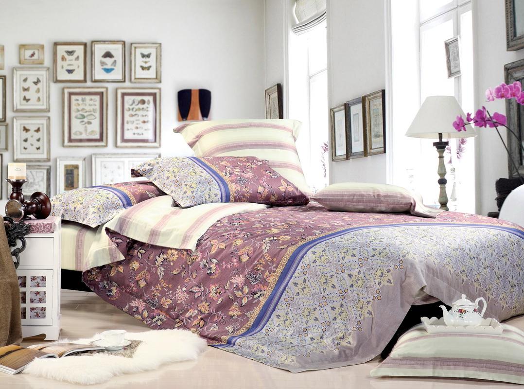 Комплект белья Tiffanys Secret Восток (1,5 спальный КПБ, сатин, наволочки 50х70)204111489Комплект постельного белья Tiffanys Secret Восток является экологически безопасным для всей семьи, так как выполнен из натурального хлопка. Комплект состоит из пододеяльника на молнии, простыни и двух наволочек. Предметы комплекта оформлены оригинальным рисунком. Сатин - это ткань, навсегда покорившая сердца человечества. Ценившие роскошь персы называли ее атлас, а искушенные в прекрасном французы - сатин. Секрет высококачественного сатина в безупречности всего технологического процесса. Эту благородную ткань делают только из отборной натуральной пряжи, которую получают из самого лучшего тонковолокнистого хлопка. Благодаря использованию самой тонкой хлопковой нити получается необычайно мягкое и нежное полотно. Сатиновое постельное белье превращает жаркие летние ночи в прохладные и освежающие, а холодные зимние - в теплые и согревающие. Сатин очень приятен на ощупь, постельное белье из него долговечно, выдерживает более 300 стирок, и лишь спустя долгое время...