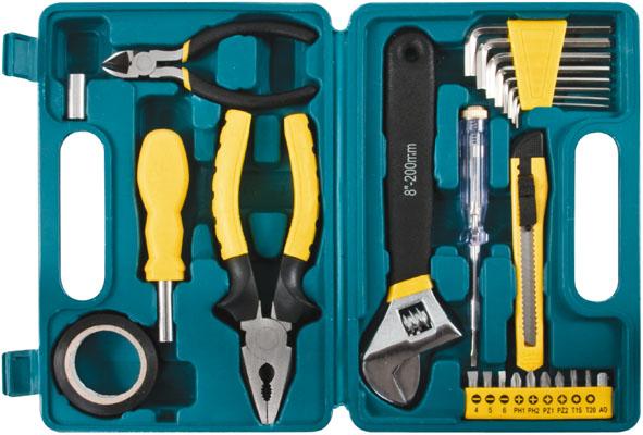 Набор инструментов FIT, 26 предметов65125Набор слесарно-монтажных инструментов FIT - это необходимый предмет в каждом доме. Он включает в себя 26 предметов, которые умещаются в небольшом кейсе. Инструменты, входящие в набор гарантируют надежность и длительный срок службы. Такой набор будет идеальным подарком мужчине. В наборе: Пассатижи (16,5 см) Ключ разводной (20 см) Отвертка индикаторная Бокорезы мини (11,5 см) Переходник с воротка 1/4 на биту Переходник с биты на головку 1/4 Отвертка с магнитным фиксатором бит; Ключи HEX: 1,5 мм, 2 мм, 2,5 мм, 3 мм, 4 мм, 5 мм, 5,5 мм, 6 мм Биты шлицевые: SL4, SL5, SL6 Биты крестовые: PH1, PH2, PZ1, PZ2 Биты шестигранные: T15, T20 Лента изоляционная Нож технический Пластиковый чемодан.