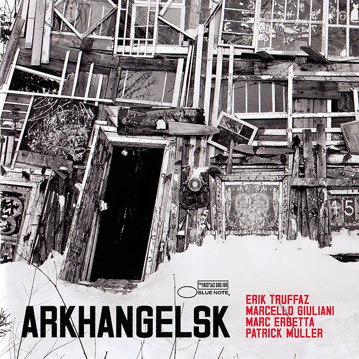 Издание содержит 16-страничный буклет с фотографиями, текстами песен и дополнительной информацией на английском и французском языках.