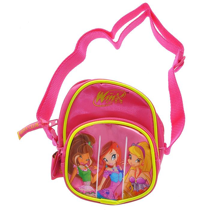 Сумочка Winx Club, цвет: ярко-розовый62590Сумка Winx Club, изготовлена из полиэстера ярко-розового цвета. Сумка имеет одно основное отделение, закрывающееся на застежку-молнию. Бегунок на молнии дополнен мягким держателем с надписью Winx Club. На лицевой стороне сумки расположен внешний карман, закрывающийся на застежку-молнию и оформленный аппликацией с изображением трех фей Winx Флоры, Блум и Стеллы. На тыльной стороне сумочки находитмся небольшой пластиковый прозрачный кармашек. Сумочка оснащена текстильным ремешком, регулируемым по длине, для переноски на плече. Порадуйте маленькую модницу таким замечательным подарком! Сериал Школа волшебниц (Winx Club) повествует о приключениях девочек-фей подросткового возраста, обучающихся магии для поддержания мира в измерении Магикс. Но, кроме того, как и у всех обычных девушек, у фей есть проблемы с личной жизнью, с дружбой и осознанием своего места в этом мире.