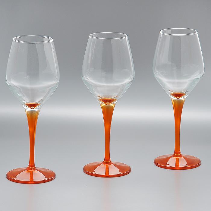 Набор фужеров Workshop Dream, цвет: оранжевый, 380 мл, 3 шт44581OR/Набор Workshop Dream, выполненный из стекла прозрачного и оранжевого цвета, состоит из 3 изящных фужеров на ножках, которые излучают приятный блеск и издают мелодичный хрустальный звон. Фужеры идеально подойдут для сервировки стола и станут отличным подарком к любому празднику. Характеристики: Материал: натрий-кальций-силикатное стекло. Внутренний диаметр по верхнему краю: 5,5 см. Высота: 23 см. Объем: 380 мл. Комплектация: 3 шт. Размер упаковки: 34 см х 23 см х 5,5 см. Артикул: 44581OR/.