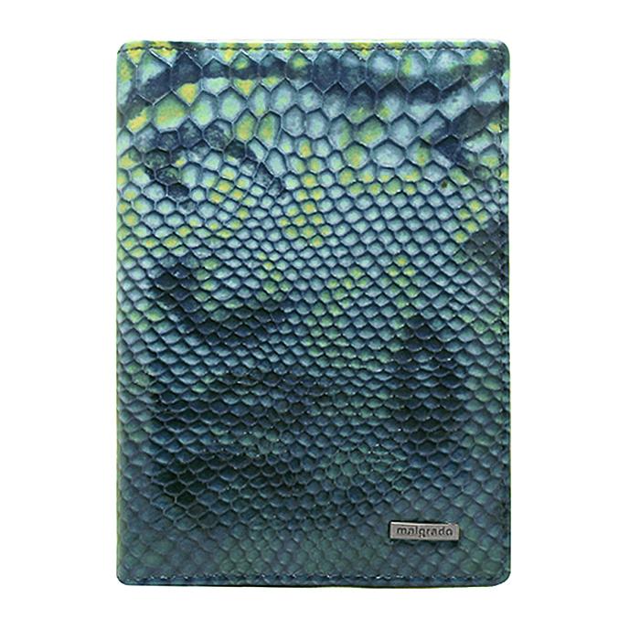 Обложка для паспорта Malgrado, цвет: голубой. 54019-1-1570754019-1-15707Стильная обложка для паспорта Malgrado изготовлена из натуральной кожи голубого цвета с декоративным тиснением. Внутри содержит прозрачное пластиковое окно, съемный прозрачный вкладыш для полного комплекта автодокументов, пять отделений для кредитных и дисконтных карт. Обложка упакована в подарочную картонную коробку с логотипом фирмы. Такая обложка станет замечательным подарком человеку, ценящему качественные и практичные вещи.