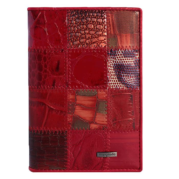 Обложка для паспорта Malgrado, цвет: красный. 54019-1A-444A54019-1A-444AСтильная обложка для паспорта Malgrado изготовлена из натуральной кожи красного цвета с декоративным тиснением под разные структуры и оформлена декоративными стежками. Внутри содержит прозрачное пластиковое окно, съемный прозрачный вкладыш для полного комплекта автодокументов, пять отделений для кредитных и дисконтных карт. Обложка упакована в подарочную картонную коробку с логотипом фирмы. Такая обложка станет замечательным подарком человеку, ценящему качественные и практичные вещи.