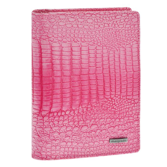 Обложка для паспорта Malgrado, цвет: розовый. 54019-1-0141454019-1-01414Стильная обложка для паспорта Malgrado изготовлена из натуральной кожи розового цвета с декоративным тиснением. Внутри содержит прозрачное пластиковое окно, съемный прозрачный вкладыш для полного комплекта автодокументов, пять отделений для кредитных и дисконтных карт. Обложка упакована в подарочную картонную коробку с логотипом фирмы. Такая обложка станет замечательным подарком человеку, ценящему качественные и практичные вещи.