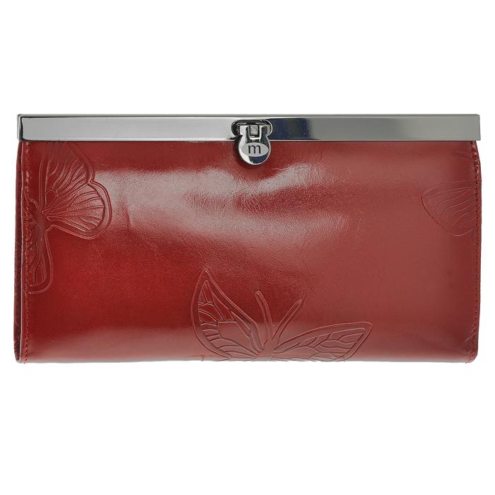 Кошелек женский Malgrado, цвет: красный. 73003-7003D73003-7003DСтильный кошелек Malgrado изготовлен из натуральной кожи красного цвета с декоративным тиснением в виде бабочек. Внутри содержит пять основных отделений, одно из которых на молнии, по три кармашка на боковых стенках для карточек, визиток или кредиток, два прозрачных кармашка для пропуска, проездного билета или фотографии. Закрывается кошелек на небольшой металлический замочек. Кошелек упакован в подарочную металлическую коробку с логотипом фирмы. Такой кошелек станет замечательным подарком человеку, ценящему качественные и практичные вещи.
