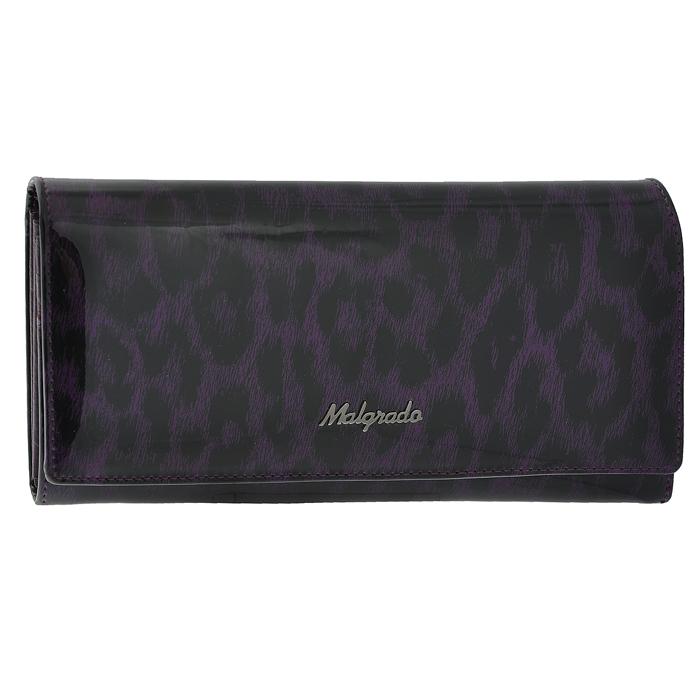 Кошелек женский Malgrado, цвет: фиолетовый. 72032-3-1580272032-3-15802Стильный кошелек Malgrado изготовлен из натуральной лаковой кожи фиолетового цвета и вмещает в себя купюры в развернутом виде в полную длину. Внутри содержит три отделения для купюр и один карман на молнии, четыре кармашка для дисконтных карт, визиток и кредиток, один прозрачный кармашек для пропуска, проездного билета или фотографии и дополнительный потайной карман. Кошелек закрывается клапаном на кнопку. Кошелек упакован в подарочную металлическую коробку с логотипом фирмы. Такой кошелек станет замечательным подарком человеку, ценящему качественные и практичные вещи. Характеристики: Материал: натуральная кожа, текстиль, металл. Размер кошелька: 18,5 см х 9,5 см х 2,5 см. Цвет: фиолетовый. Размер упаковки: 23 см х 13 см х 4,5 см. Артикул: 72032-3-15802.