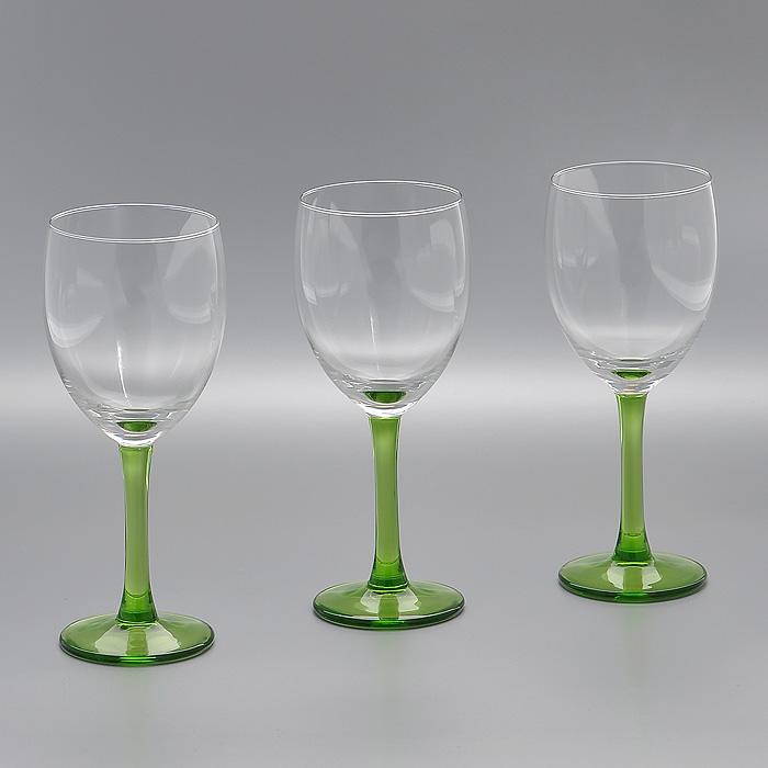 Набор бокалов Clarity Kiwi, цвет: зеленый, 240 мл, 3 штГл 323337Набор Clarity Kiwi, выполненный из высококачественного стекла, состоит из трех бокалов на высокой ножке зеленого цвета. Набор оценят как любители классики, так и те, кто предпочитает современный дизайн. Набор бокалов Clarity Kiwi идеально подойдет для сервировки стола и станет отличным подарком к любому празднику.
