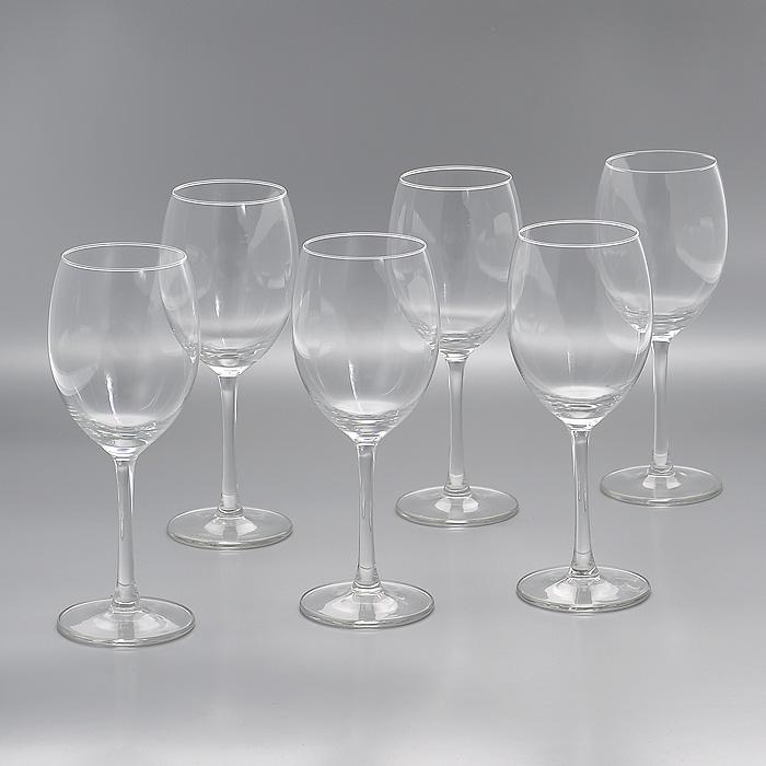 Набор бокалов Flavours, 330 мл, 6 штГл 550436Набор Flavours, изготовленный из высококачественного стекла, состоит из шести бокалов на высоких ножках. Бокалы предназначены для подачи напитков. Они сочетают в себе элегантный дизайн и функциональность. Благодаря такому набору пить напитки будет еще вкуснее. Набор бокалов Flavours идеально подойдет для сервировки стола и станет отличным подарком к любому празднику.