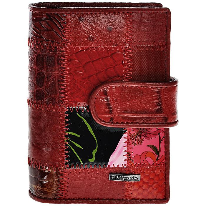 Визитница Malgrado, цвет: красный. 42003A-444A42003A-444AСтильная визитница Malgrado с веерным открытием изготовлена из натуральной кожи красного цвета с комбинированным тиснением. Внутри содержит прозрачный вкладыш с двадцатью отделениями для кредитных и дисконтных карт. На боковых стенках имеются два дополнительных отделения для пропуска и карт. Закрывается визитница на клапан, на одну из двух кнопок. Такая визитница станет замечательным подарком человеку, ценящему качественные и практичные вещи.