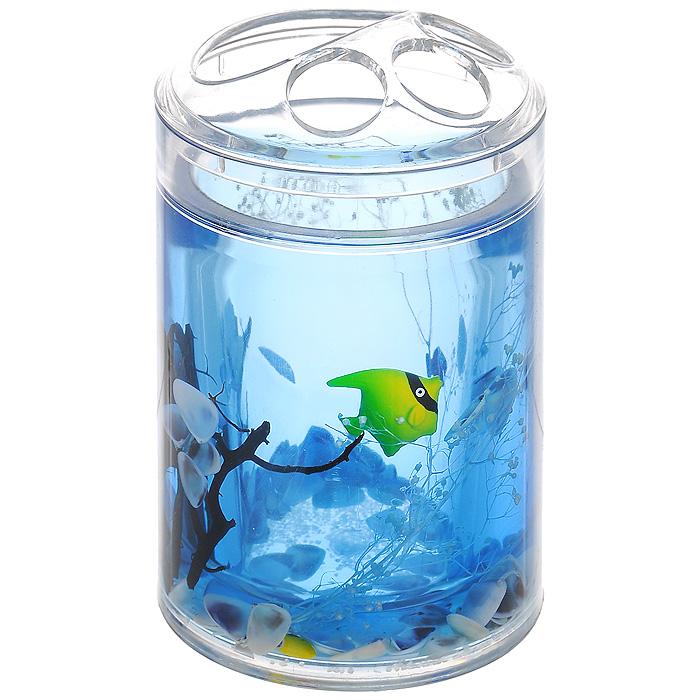 Стакан для зубных щеток Морские рыбки334-02Стакан для зубных щеток Морские рыбки, изготовленный из прозрачного пластика, отлично подойдет для вашей ванной комнаты. Внутри стакана синий гелиевый наполнитель с маленькими ракушками, рыбками и веточками. Стакан для зубных щеток создаст особую атмосферу уюта и максимального комфорта в ванной.