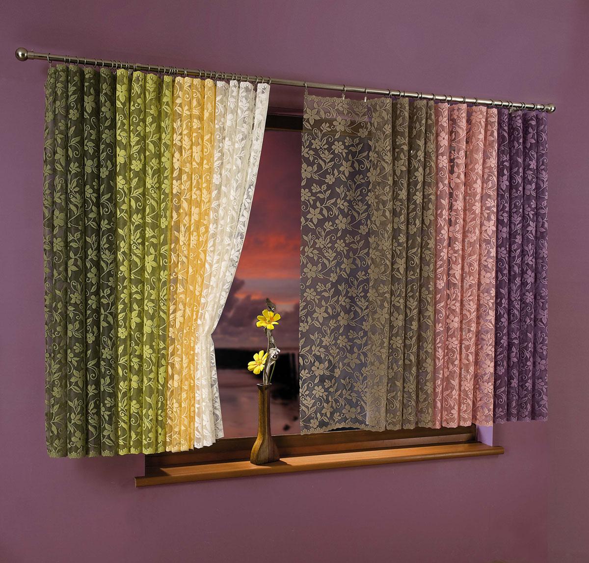 Гардина-тюль Kwiat Jabloni, на ленте, цвет: кремовый, высота 250 см734795Воздушная гардина-тюль Kwiat Jabloni, изготовленная из полиэстера кремового цвета, станет великолепным украшением любого окна. Тонкое плетение, оригинальный дизайн и приятная цветовая гамма привлекут к себе внимание и органично впишутся в интерьер комнаты. В гардину-тюль вшита шторная лента.