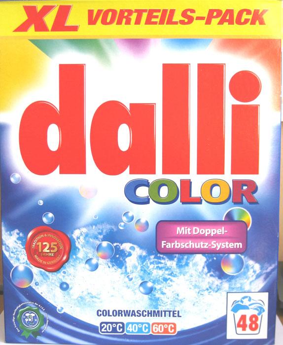 Стиральный порошок Dalli Colorwaschmittel, 3,36 кг526932Стиральный порошок Dalli Colorwaschmittel предназначен для стирки цветных вещей облегченного ухода: хлопок, искусственные волокна, смешанные ткани (в зависимости от яркости цвета), вискоза, синтетические волокна такие как полиакрил, полиамид, полиэстер. Не предназначен для стирки шерсти и шелка. Стиральный порошок с системой долговременной защиты цвета лучше защищает окрашенные вещи от выцветания и потери окраски. Цвета после многочисленных стирок остаются интенсивными и сияющими. Порошок не содержит отбеливателей и оптических осветлителей. Рассчитан на 48 стирок. Характеристики: Вес порошка: 3,36 кг. Размер коробки: 25,5 см х 9 см х 32 см. Количество стирок: 48. Температура стирки: 20-60°C. Артикул: 526932. Товар сертифицирован.