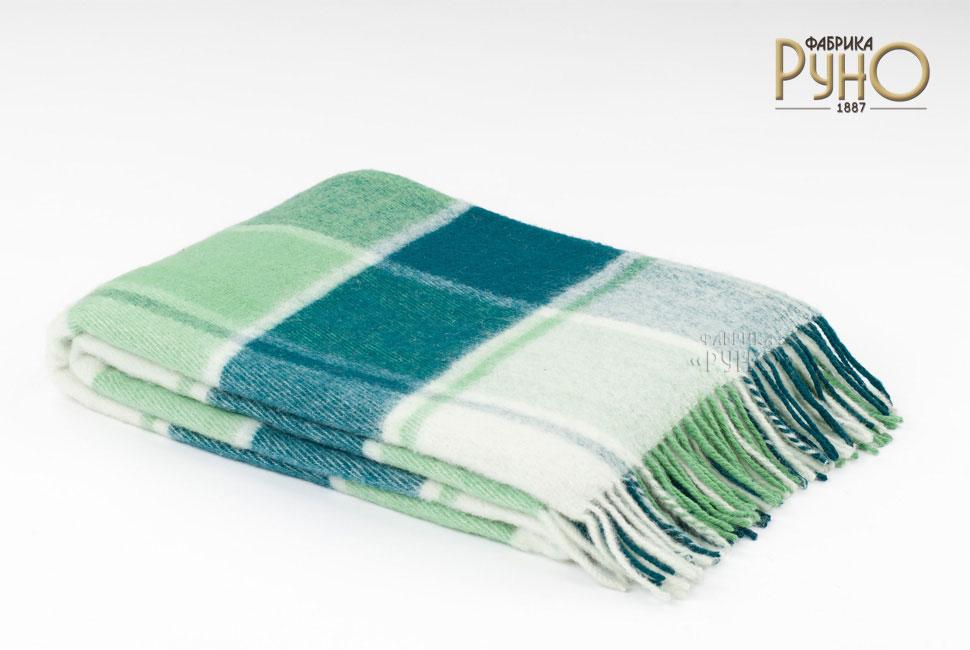 Плед Пиросмани, цвет: зеленый, белый, 170 х 200 см. 1-207-170_041-207-170_04Мягкий и приятный плед Пиросмани изготовлен из 100% новозеландской овечьей шерсти. Плед добавит комнате уюта и согреет в прохладные дни. Такое теплое украшение может стать отличным подарком друзьям и близким! Под шерстяным пледом вам никогда не станет жарко или холодно, он помогает поддерживать постоянную температуру тела. Шерсть обладает прекрасной воздухопроницаемостью, она поглощает и нейтрализует вредные вещества и славится своими целебными свойствами. Плед из шерсти станет лучшим лекарством для людей, страдающих ревматизмом, радикулитом, головными и мышечными болями, сердечно-сосудистыми заболеваниями и нарушениями кровообращения. Шерсть не электризуется. Она прочна, износостойка, долговечна. Наконец, шерсть просто приятна на ощупь, ее мягкость и фактура вызывают потрясающие тактильные ощущения! Пиросмани - коллекция пледов с кистями, уменьшенной плотности из 100% натуральной новозеландской овечьей шерсти.