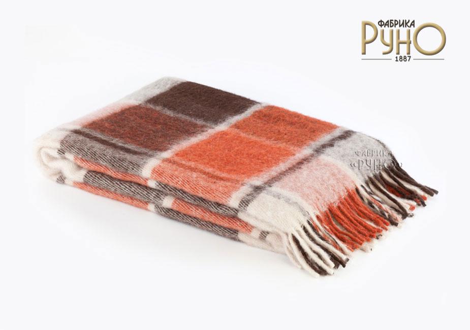Плед Пиросмани, цвет: белый, оранжевый, темно-коричневый, 140 х 200 см. 1-206-140_171-206-140_17Мягкий и приятный плед Пиросмани изготовлен из 100% новозеландской овечьей шерсти. Плед добавит комнате уюта и согреет в прохладные дни. Такое теплое украшение может стать отличным подарком друзьям и близким! Под шерстяным пледом вам никогда не станет жарко или холодно, он помогает поддерживать постоянную температуру тела. Шерсть обладает прекрасной воздухопроницаемостью, она поглощает и нейтрализует вредные вещества и славится своими целебными свойствами. Плед из шерсти станет лучшим лекарством для людей, страдающих ревматизмом, радикулитом, головными и мышечными болями, сердечно-сосудистыми заболеваниями и нарушениями кровообращения. Шерсть не электризуется. Она прочна, износостойка, долговечна. Наконец, шерсть просто приятна на ощупь, ее мягкость и фактура вызывают потрясающие тактильные ощущения! Пиросмани - коллекция пледов с кистями, уменьшенной плотности из 100% натуральной новозеландской овечьей шерсти.
