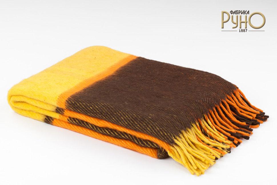 Плед Маэстро, 150 х 200 см 1-241-150_081-241-150_08Теплый пушистый толстый плед Маэстро, выполненный из натуральной новозеландской овечьей шерсти, добавит комнате уюта и согреет в прохладные дни. Удобный размер этого качественного пледа позволит использовать его и как одеяло, и как покрывало для кресла или софы. Плед с кистями. Плед упакован в пластиковую сумку-чехол на застежке-молнии, а прочная текстильная ручка делает чехол удобным для переноски. Такое теплое украшение может стать отличным подарком друзьям и близким! Под шерстяным пледом вам никогда не станет жарко или холодно, он помогает поддерживать постоянную температуру тела. Шерсть обладает прекрасной воздухопроницаемостью, она поглощает и нейтрализует вредные вещества и славится своими целебными свойствами. Плед из шерсти станет лучшим лекарством для людей, страдающих ревматизмом, радикулитом, головными и мышечными болями, сердечно-сосудистыми заболеваниями и нарушениями кровообращения. Шерсть не электризуется. Она прочна, износостойка, долговечна. Наконец,...