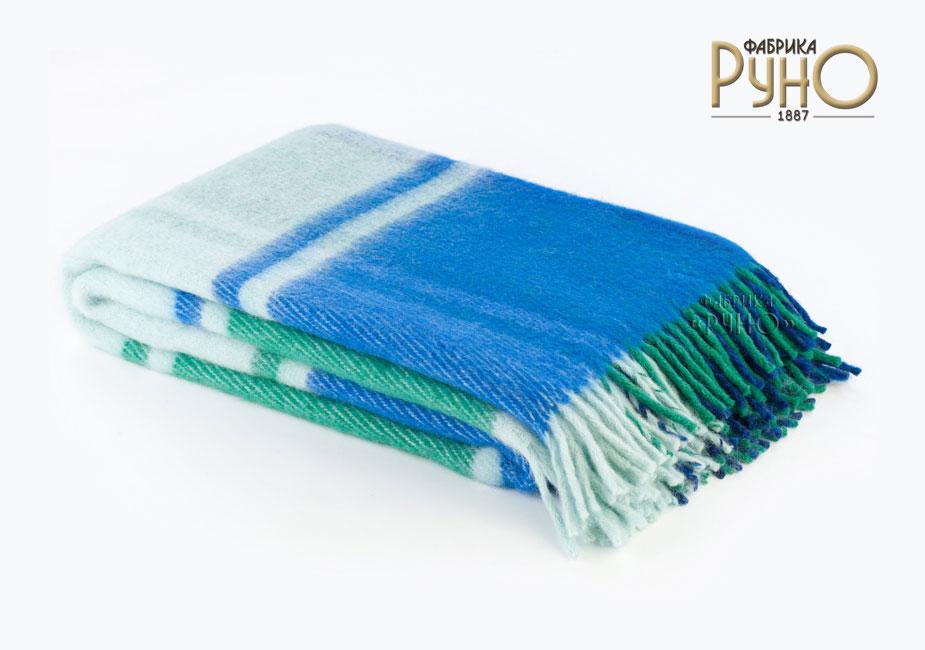 Плед Маэстро, 150 х 200 см 1-241-150_051-241-150_05Теплый пушистый толстый плед Маэстро, выполненный из натуральной новозеландской овечьей шерсти, добавит комнате уюта и согреет в прохладные дни. Удобный размер этого качественного пледа позволит использовать его и как одеяло, и как покрывало для кресла или софы. Плед с кистями. Плед упакован в пластиковую сумку-чехол на застежке-молнии, а прочная текстильная ручка делает чехол удобным для переноски. Такое теплое украшение может стать отличным подарком друзьям и близким! Под шерстяным пледом вам никогда не станет жарко или холодно, он помогает поддерживать постоянную температуру тела. Шерсть обладает прекрасной воздухопроницаемостью, она поглощает и нейтрализует вредные вещества и славится своими целебными свойствами. Плед из шерсти станет лучшим лекарством для людей, страдающих ревматизмом, радикулитом, головными и мышечными болями, сердечно-сосудистыми заболеваниями и нарушениями кровообращения. Шерсть не электризуется. Она прочна, износостойка, долговечна. Наконец,...
