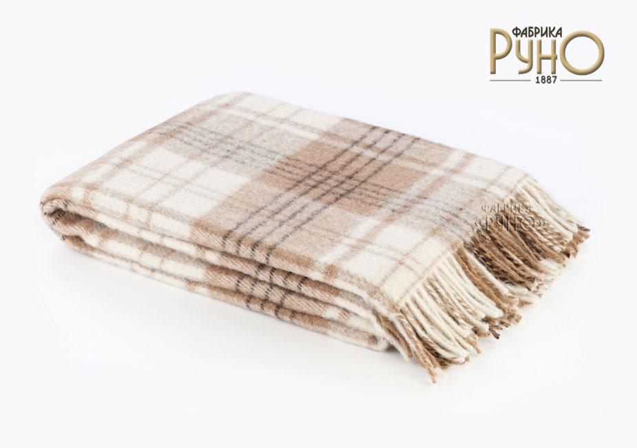 Плед Андо, цвет: бежевый, белый, 170 см х 200 см. 1-224-170_011-224-170_01Теплый и уютный плед с кисточками Андо выполнен из натуральной новозеландской овечьей шерсти и оформлен рисунком в мелкую клетку. Под шерстяным пледом вам никогда не станет жарко или холодно, он помогает поддерживать постоянную температуру тела. Шерсть обладает прекрасной воздухопроницаемостью, она поглощает и нейтрализует вредные вещества и славится своими целебными свойствами. Плед из шерсти станет лучшим лекарством для людей, страдающих ревматизмом, радикулитом, головными и мышечными болями, сердечно-сосудистыми заболеваниями и нарушениями кровообращения. Шерсть не электризуется. Она прочна, износостойка, долговечна. Наконец, шерсть просто приятна на ощупь, ее мягкость и фактура вызывают потрясающие тактильные ощущения! Пушистый и мягкий, такой плед идеально подойдет для дачного отдыха: он очень пригодится, как только захочется укутаться, дыша вечерним воздухом, выручит, если приехали гости, и всегда под рукой, когда придет в голову просто полежать на траве! А в...