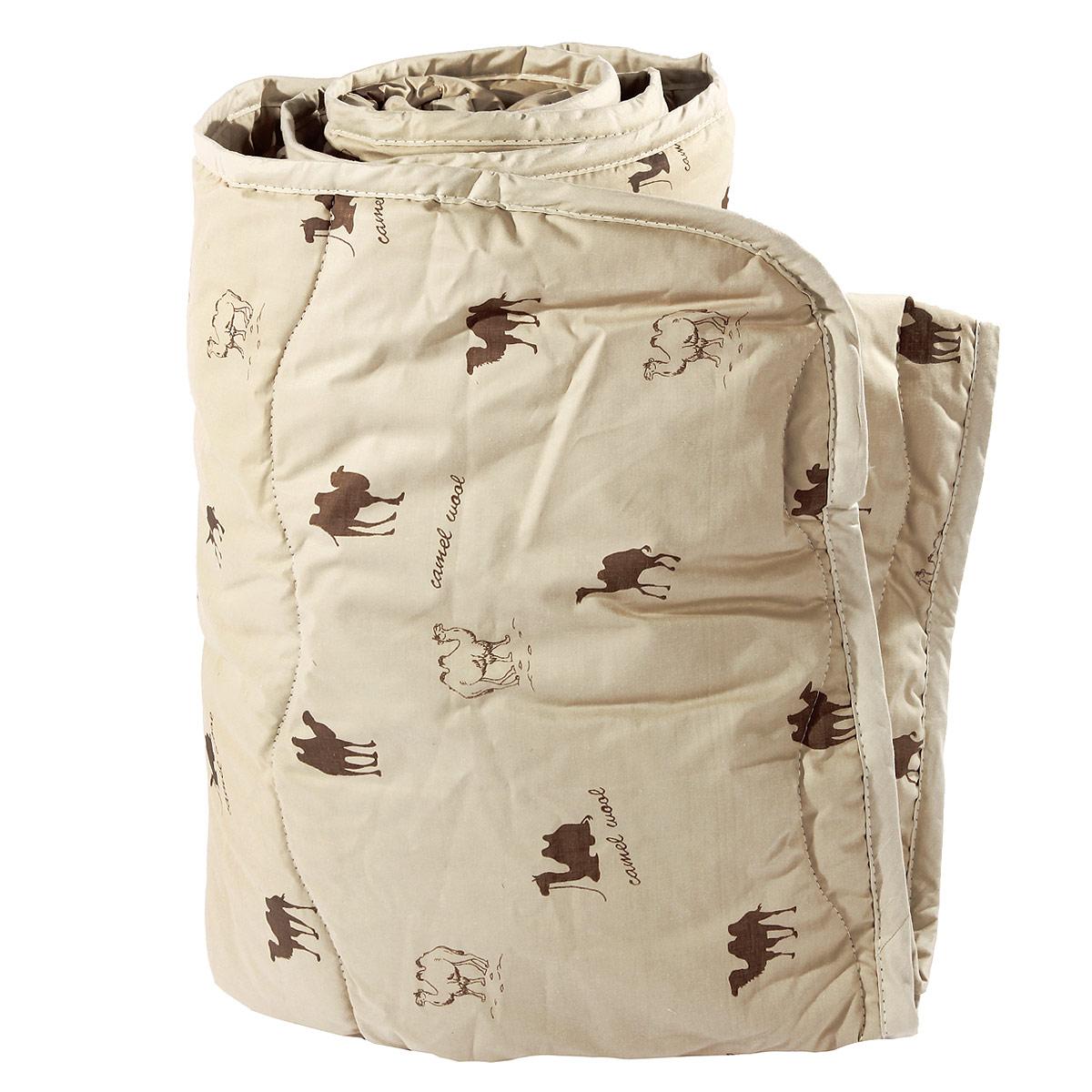 Одеяло Verossa, наполнитель: верблюжья шерсть, 140 см х 205 см170268Одеяло Verossa представляет собой стеганый чехол из натурального хлопка с наполнителем из верблюжьей шерсти. Наполнитель обладает высокой гигроскопичностью, создавая эффект сухого тепла. Волокна верблюжьей шерсти полые внутри, образуют пласт, содержащий множество воздушных кармашков, которые равномерно сохраняют и распределяют тепло, обеспечивая естественную терморегуляцию в жару и холод. Верблюжья шерсть обладает рядом уникальных лечебных свойств, благодаря которым расширяются сосуды, усиливается микроциркуляция крови. Шерсть снимает статическое напряжение, благоприятно воздействует на опорно-двигательный аппарат. Одеяло, выстеганное оригинальным узором Барханы, украсит ваш дом и подарит наслаждение от отдыха. Одеяло упаковано в прозрачный пластиковый чехол на змейке с ручкой, что является чрезвычайно удобным при переноске. Характеристики: Материал чехла: перкаль (100% хлопок). Наполнитель: верблюжья шерсть. Масса...