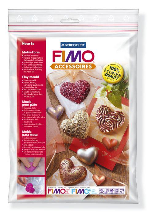 Формочки для литья Fimo Сердца, 8 шт8742 26Формочки для литья Fimo Сердца предназначены для декоративно-оформительских работ, моделирования и творчества детей. Формы в виде сердечек идеально подойдут для работы с порошком для моделирования, шоколадом, воском, льдом или мылом. Тонко проработанные элементы идеальны для детальной раскраски. Формочки изготовлены из прозрачного морозоустойчивого и жаропрочного пластика, обеспечивающего возможность многократного и разнопрофильного использования. Материал форм гибкий, благодаря чему элементы легко извлекаются из них. Формочки допустимы для работы с пищевыми продуктами.