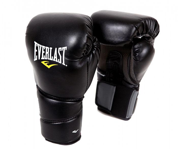 Перчатки тренировочные Everlast Protex2, 10 унций. Размер S/M3110SMUВысококачественная кожа дает значительный запас прочности и функциональности. Мелкие отверстия по всей площади ладони обеспечивают дыхание и комфорт руки, в то время как антибактериальная пропитка активно борется с плохим запахом и ростом бактерий.