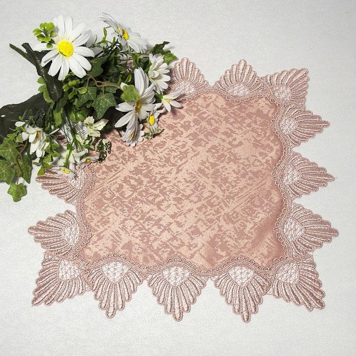 Салфетка Schaefer, цвет: чайная роза, 40 см х 40 см. 30263026Квадратная салфетка Schaefer, выполненная из полиэстера цвета чайной розы, оформлена вышитым по краю кружевом в технике макраме. Изделия из искусственных волокон легко стирать: они не мнутся, не садятся и быстро сохнут, они более долговечны, чем изделия из натуральных волокон. Вы можете использовать салфетку для декорирования стола, комода, журнального столика. В любом случае она добавит в ваш дом стиля, изысканности и неповторимости и убережет мебель от царапин и потертостей.
