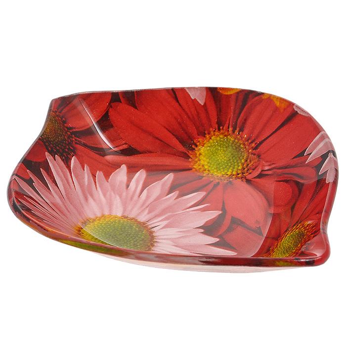 Блюдо малое Герберы. GS 0726-3GS 0726-3Блюдо малое Герберы, изготовленное из стекла, оформлено изображением красных и розовых цветов. Такое блюдо сочетает в себе изысканный дизайн с максимальной функциональностью. Красочность оформления придется по вкусу тем, кто предпочитает утонченность и изящность. Оригинальное блюдо украсит сервировку вашего стола и подчеркнет прекрасный вкус хозяйки, а также станет отличным подарком.