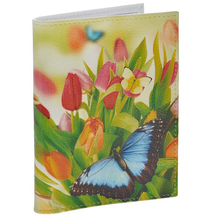 Визитница Perfecto Тюльпаны. VZ-PT-05VZ-PT-05Стильная вертикальная визитница выполнена из натуральной кожи с изображением тюльпанов и бабочек. Внутри содержится блок из прозрачного пластика на 36 визиток. Визитница Тюльпаны - это не только практичная вещь для хранения пластиковых карт, но и модный аксессуар, который понравится каждой девушке. Характеристики: Материал: натуральная кожа, пластик. Размер визитницы: 7 см х 1 см х 10,3 см. Размер упаковки: 9 см х 1,5 см х 11 см. Артикул: VZ-PT-05.