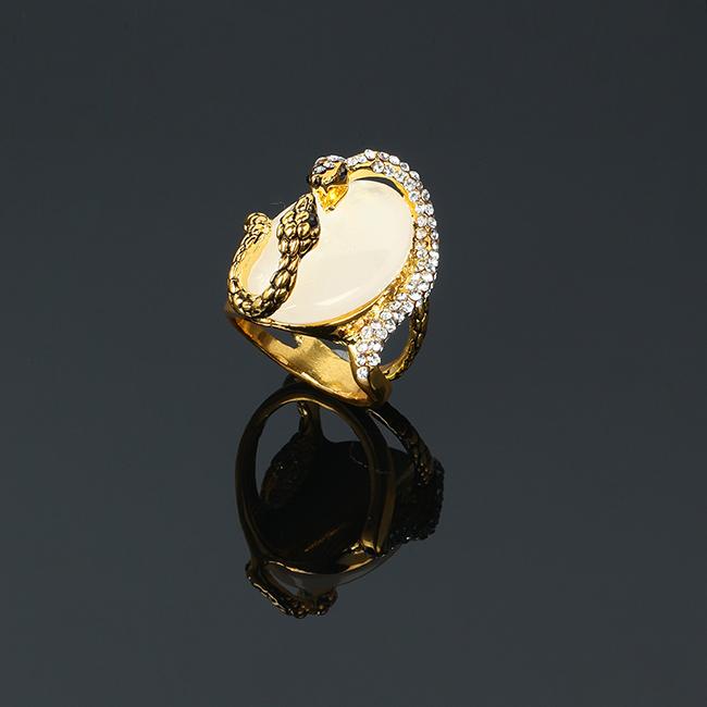 Кольцо 'Fashion House', цвет: золотистый. Размер 17. FH30033