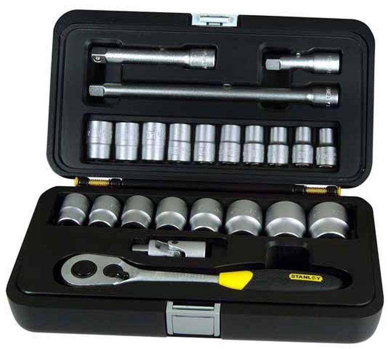 Набор головок с трещеткой Stanley, 1/2, 23 шт1-94-671Набор головок с трещеткой Stanley предназначен для монтажа и демонтажа резьбовых соединений. Это необходимый предмет в каждом доме, набор станет незаменимым в вашем хозяйстве. В состав набора входит: Трещетка Шарнир универсальный 3 удлинителя: 75 мм, 125 мм, 250 мм. Головки 8 мм, 10 мм, 11 мм, 12 мм, 13 мм, 14 мм, 15 мм, 16 мм, 17 мм, 18 мм, 19 мм, 21 мм, 22 мм, 23 мм, 24 мм, 27 мм, 30 мм, 32 мм. Кейс для хранения. Характеристики: Материал: пластик, хром-ванадий. Длина трещетки: 25 см. Длина удлинителей: 7,5 см, 12,5 см, 25 см. Размеры кейса: 31 см х 17 см х 9 см. Размеры упаковки: 31 см х 17 см х 9 см.
