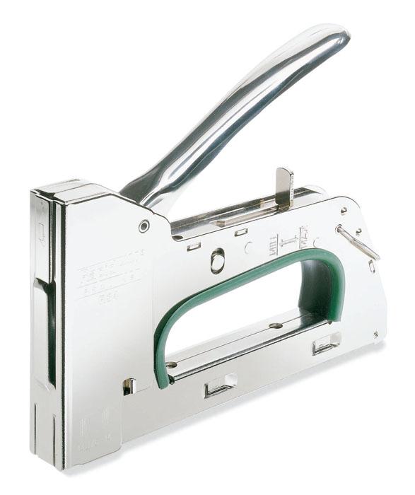 Степлер Rapid R34 для скоб №140 (6-14 мм)5000067Степлер Rapid R34 - усиленная модель для профессиональных пользователей. Корпус выполнен из металла. Удобная ручка. Используется для плотницких работ. Регулируемая сила удара. Загружаемый снизу стальной магазин. Нет теряемых частей. Работает без отдачи.