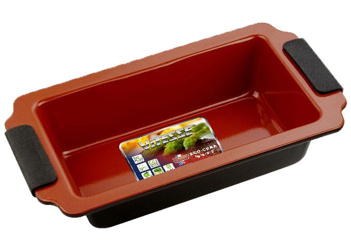 Форма для выпечки Vitesse, цвет: коричневый, 23 х 13 смVS-2350Прямоугольная форма для выпечки Vitesse изготовлена из высококачественной углеродистой стали. Внутреннее керамическое покрытие Eco-Cera, позволяющее готовить при температуре 220°С, не оставляет послевкусия, делает возможным приготовление блюд без масла, сохраняет витамины и питательные вещества. Покрытие безопасно для человека, не содержит PFOA. Высокотехнологичное внешнее антипригарное покрытие устойчиво к царапинам и механическим повреждениям. Удобные ручки оснащены съемными силиконовыми вставками. Простая в уходе и долговечная в использовании форма Vitesse будет верной помощницей в создании ваших кулинарных шедевров. Можно мыть в посудомоечной машине.