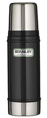 Термос Stanley Legendary Classic, цвет: черный, 0,47 л10-01228-008Герметичный термос Stanley изготовлен из высококачественной нержавеющей стали с вакуумной изоляцией и удерживает температуру на протяжении 15 часов. Крышка выполнена в виде термостакана объемом 240 мл. Слив - через поворотную пробку. Стильный функциональный термос будет незаменим в дороге, на пикнике. Его можно взять с собой куда угодно, и вы всегда сможете наслаждаться горячим домашним напитком.