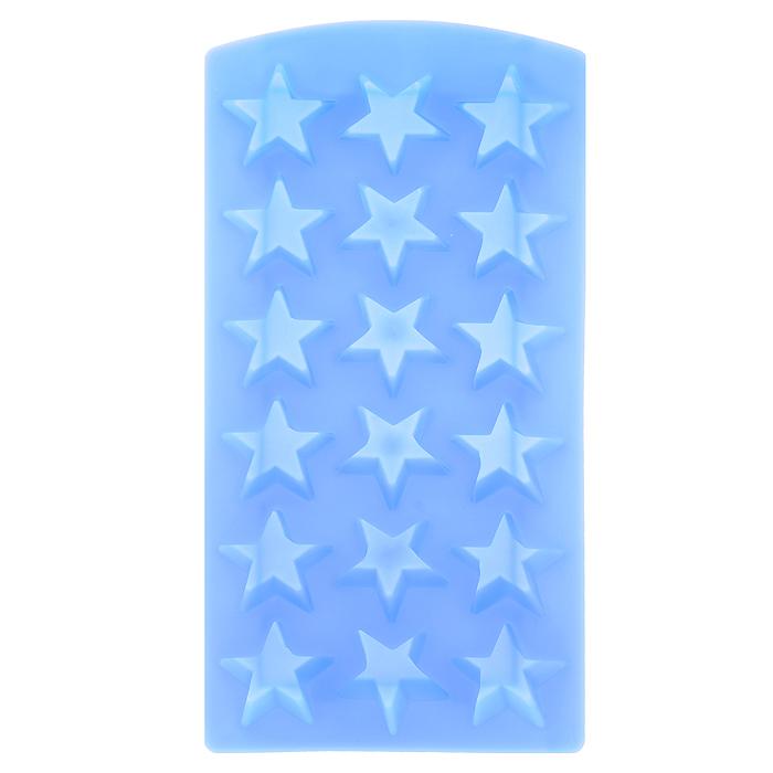 Форма для льда Звезда, цвет: голубой, 18 ячеек25.35.27Форма для льда Звезда выполнена из силикона голубого цвета. На одном листе расположено 18 формочек для льда в виде звезды. Благодаря тому, что формочки изготовлены из силикона, готовый лед вынимать очень просто. Чтобы достать льдинки, эту форму не нужно держать под теплой водой или использовать нож. Теперь на смену традиционным квадратным пришли новые оригинальные формы для приготовления фигурного льда, которыми можно не только охладить, но и украсить любой напиток. В формочки при заморозке воды можно помещать ягодки, такие льдинки не только оживят коктейль, но и добавят радостного настроения гостям на празднике! Характеристики: Материал: силикон. Цвет: голубой. Размер формы: 11,5 см х 23 см х 2 см. Производитель: Италия. Изготовитель: Китай. Артикул: 25.35.27.