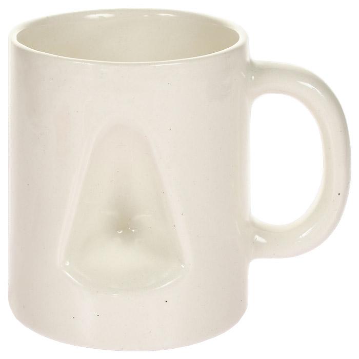 Кружка Для носаКружка НосОригинальная керамическая кружка Для носа вызовет у вас массу положительных эмоций! Забавный дизайн этой кружки, со специальным углублением, позволит вам не только насладиться горячим чаем или кофе, но и согреться замерзшему носу! А преподнеся такой сувенир в качестве подарка, удивление и восторг получателя будут гарантированы!