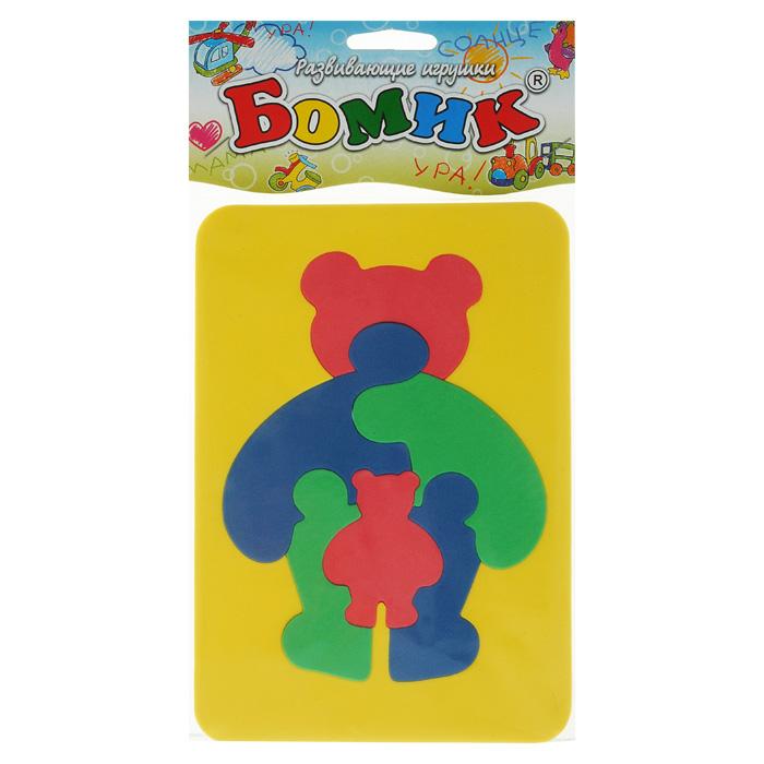 Бомик Пазл для малышей Медведь103Мозаика Медведь выполнена из мягкого полимера, который дает юному конструктору новые удивительные возможности в игре: детали мозаики гнутся, но не ломаются, их всегда можно состыковать. Мозаика представляет собой рамку, в которой из шести элементов собирается фигурка медвежонка. Ваш ребенок сможет собрать медведя и в ванной. Элементы мозаики можно намочить, благодаря чему они будут хорошо прилипать к стене в ванной комнате. Такая мозаика развивает пространственное и логическое мышление, память и глазомер, знакомит с формами и цветом предмета в процессе игры.