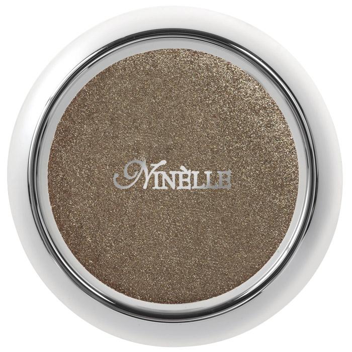 Ninelle Тени для век Sparkling Effect, тон №413, 2,5 г239N10012Тени Ninelle Sparkling Effect богаты перламутром, мягкой и шелковистой, непревзойденной текстурой. Обеспечивают невероятный комфорт при нанесении. Fashion оттенки для создания открытого и загадочно-манящего взгляда. Разные насыщенные переливающиеся оттенки подчеркивают естественную красоту глаз, делая взгляд более выразительным и завораживающим. Палитра теней для век Sparkling Effect подобрана согласно всем требованиям моды и правилам сочетания цветов, чтобы женщина любого типа осеннего, весеннего зимнего или летнего могла подобрать для себя нужный оттенок и эффект. Sparkling Effect (эффект мерцания) достигается специальной технологией прессования, при которой сохраняется 45% насыщенного мерцающего пигмента. Специальная технология прессования делает текстуру более плотной, кремообразной и при этом тонкодисперсной. Исключительно богатые перламутром, с мягкой шелковистой текстурой, тени позволяют наносить на веко ровный, очень тонкий и насыщенный по цвету оттенок. В...