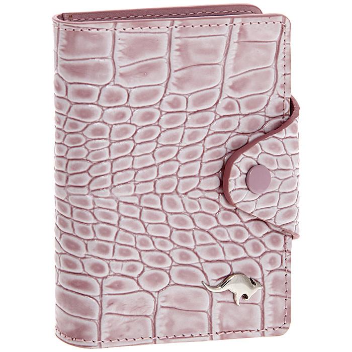 Футляр для визиток Cangurione, 10 листов, цвет: розовый. 3309-010 KR/Pink3309-010 KR/PinkСтильный вертикальный футляр для визиток Cangurione выполнен из натуральной кожи розового цвета с декоративным тиснением под крокодила. Внутри содержится блок из прозрачного пластика на 20 визиток и 4 кармашка для пластиковых карт. Закрывается футляр при помощи хлястика на кнопку. Футляр для визиток Cangurione - это не только практичная вещь для хранения пластиковых карт, но и модный аксессуар, который понравится каждой девушке. Футляр для визиток упакован в коробку из плотного картона с логотипом фирмы.