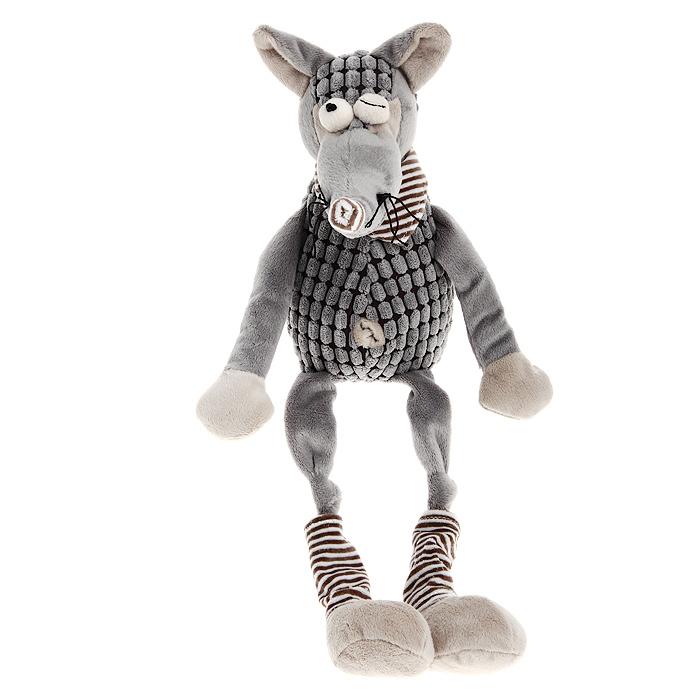 Мягкая игрушка Jackie Chinoco Серый волк, 45 смJC-13007-ZОригинальная дизайнерская игрушка Jackie Chinoco Серый волк выполнена в виде волка в шейном платке и гетрах. Игрушка изготовлена из нетоксичного текстильного материала с коротким ворсом, благодаря чему ее будет приятно держать в руках. Такая игрушка порадует вас оригинальностью идеи и высоким качеством исполнения и станет прекрасным подарком для детей и взрослых. Характеристики: Высота: 45 см. Материал: текстиль. Материал наполнителя: силиконизированное волокно, пластиковые гранулы. Производитель: Китай. Артикул: JC-13007-Z.
