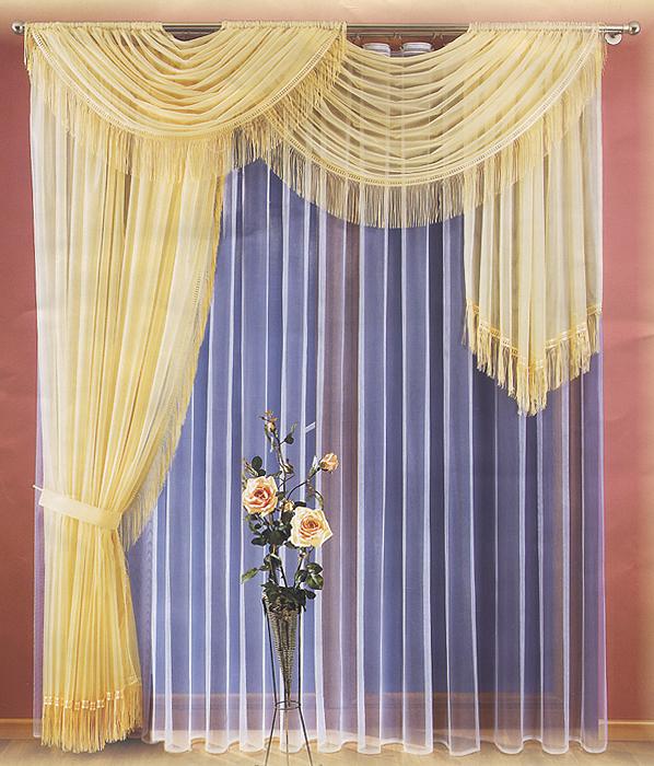 Комплект штор Kim, цвет: фисташковый, высота 250 см732463Комплект штор Kim, изготовленный из полиэстера фисташкового цвета, станет великолепным украшением любого окна. Тонкое плетение, оригинальный дизайн и приятная цветовая гамма привлекут к себе внимание и органично впишутся в интерьер. В набор входят две шторы, украшенные бахромой, и тюль белого цвета. Также для более изящного расположения штор на окне прилагается подхват. Все элементы комплекта на шторной ленте для собирания в сборки. Характеристики: Материал: 100% полиэстер. Цвет: фисташковый. Размер упаковки: 29 см х 36 см х 9 см. Артикул: 732463. В комплект входит: Штора - 2 шт. Размер (Ш х В): 200 см х 250 см. Тюль - 1 шт. Размер (Ш х В): 500 см х 250 см. Подхват - 1 шт. Фирма Wisan на польском рынке существует уже более пятидесяти лет и является одной из лучших польских фабрик по производству штор и тканей. Ассортимент фирмы представлен готовыми комплектами штор для гостиной, детской, кухни, а также текстилем для кухни...