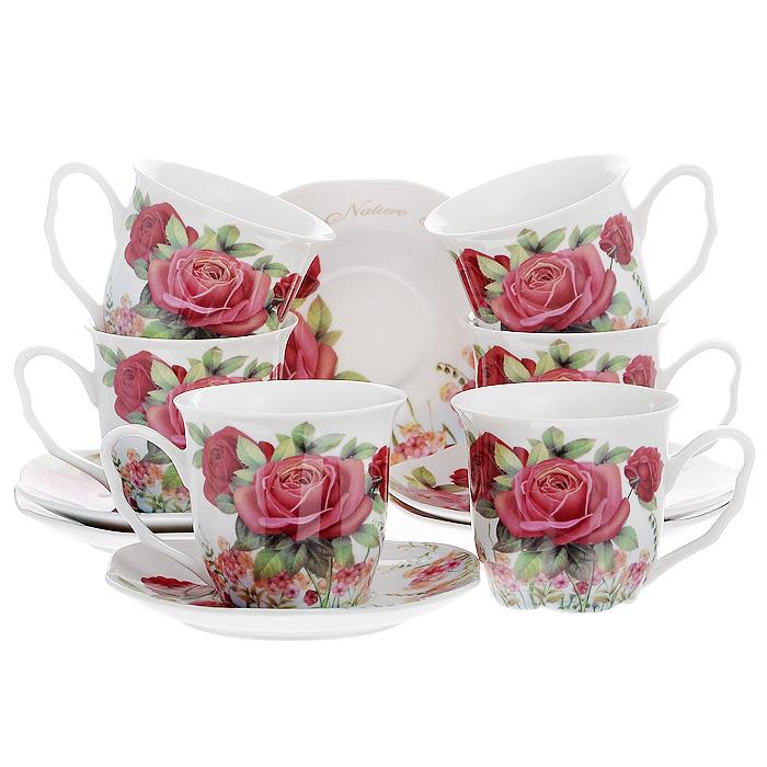 Набор чайный Розы и флоксы, 12 предметов516-085Чайный набор Розы и флоксы, выполненный из высококачественного фарфора белого цвета, состоит из шести чашек и шести блюдец. Изделия декорированы рельефным цветком, покрытым золотистой эмалью. Элегантный дизайн и совершенные формы предметов набора привлекут к себе внимание и украсят интерьер вашей кухни. Чайный набор Розы и флоксы идеально подойдет для сервировки стола и станет отличным подарком к любому празднику. Чайный набор упакован в подарочную коробку из плотного картона. Внутренняя часть коробки задрапирована белой атласной тканью, и каждый предмет надежно крепится в определенном положении благодаря особым выемкам в коробке.