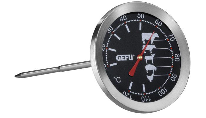 Термометр для жарки Gefu, цвет: серебристый21880Термометр Gefu позволяет определять температуру запекаемого блюда. На термометре для жарки от Gefu изображена шкала с оптимальным температурным диапазоном для приготовления говядины, свинины, баранины, птицы, дичи. Температурный датчик (спица) имеет длину 11,5 см, благодаря чему может показывать температуру даже внутри крупных кусков. Как это работает: воткните термометр в кусок мяса, дождитесь индикации температуры на градуснике. Такой термометр займет достойное место среди аксессуаров на вашей кухне. Характеристики: Материал: нержавеющая сталь. Цвет: серебристый. Размер термометра: 8 см х 7 см х 19 см. Размер упаковки: 8,2 см х 7,6 см х 19,2 см. Производитель: Германия. Артикул: 21880.