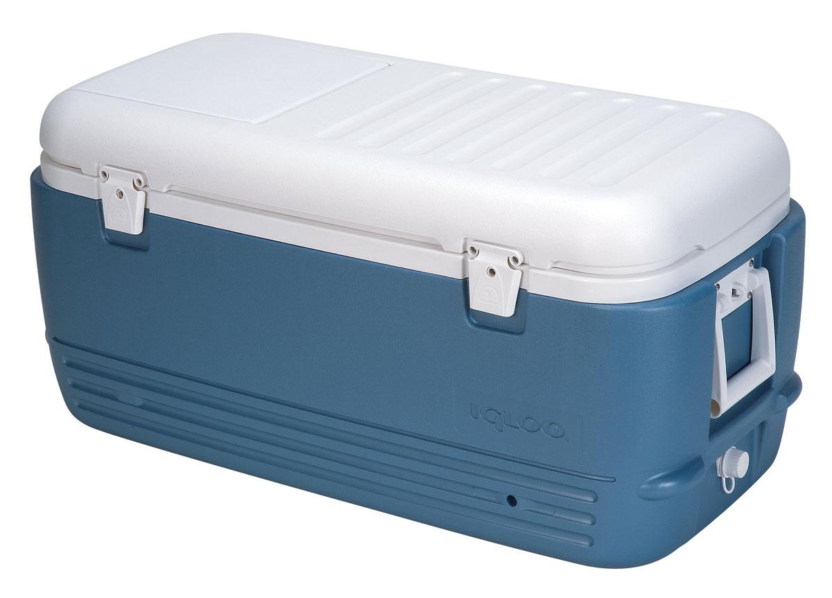 Изотермический пластиковый контейнер Igloo MaxCold 10044361Изотермический пластиковый контейнер Igloo MaxCold 100 предназначен для кратковременного хранения или транспортировки охлажденных продуктов и напитков. Для поддержания температуры рекомендуется использовать с аккумуляторами холода. Особенности модели: Оснащен двойными защелками для безопасного закрытия крышки; Резьбовая сливная пробка для отвода конденсата; Двойная пенная изоляция корпуса и крышки UltraTherm позволяет поддерживать хранить лед 5 дней при 30°С; Люк для быстрого доступа к содержимому контейнера; Удобные складные ручки для переноски с резиновыми вставками.