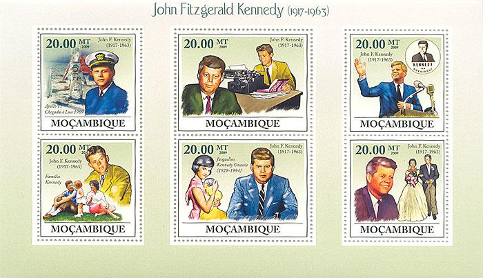 Малый лист Джон Кеннеди. Мозамбик. 2009 годL2070 EМалый лист Джон Кеннеди. Мозамбик. 2009 год. Размер марок 4 х 3,7 см. Размер блока 10,2 х 17,7 см. Сохранность хорошая.