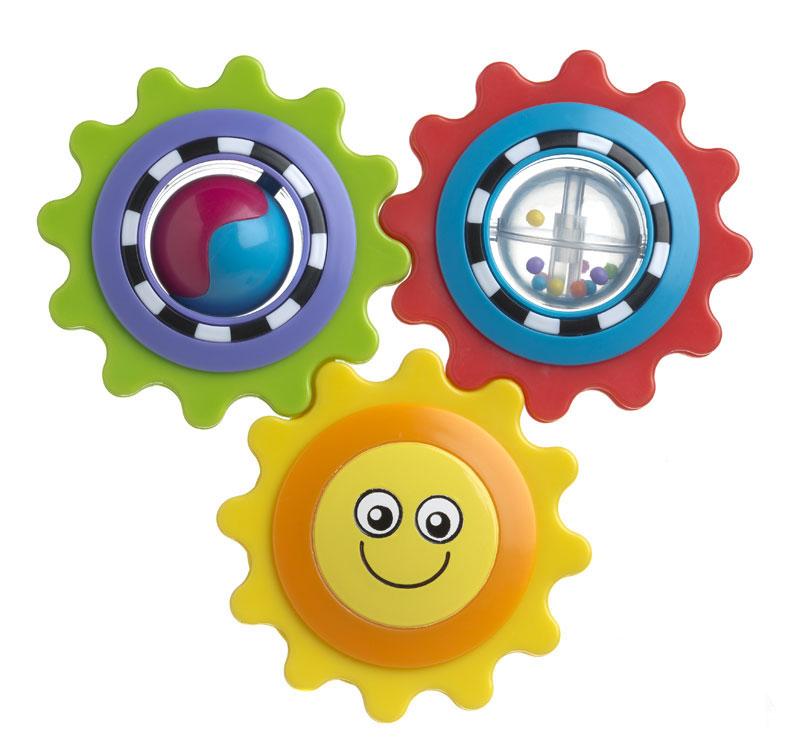 Playgro Развивающая игрушка Twirly Trio4082647Развивающая игрушка Playgro Twirly Trio привлечет внимание вашего малыша и не позволит ему скучать! Игрушка выполнена из безопасного пластика представляет собой три соединенные шестеренки красного, салатового и желтого цветов. Прокручивание одной шестеренки приводит в движение остальные. Перебирая яркие шестеренки в своих ручках, малыш не только тренирует моторику, координацию и развивает тактильные ощущения, но и учится логически мыслить. Яркие шарики внутри красной шестеренки побуждает малыша концентрировать взгляд на мелких движущихся объектах. Двухцветный шарик в зеленой шестеренке учит малыша более четко различать цвета и объекты при движении. С обратной стороны солнышка находится небольшое безопасное зеркальце. Яркая развивающая игрушка Playgro Twirly Trio поможет ребенку в развитии цветового и звукового восприятия, концентрации внимания, мелкой моторики рук и координации движений.