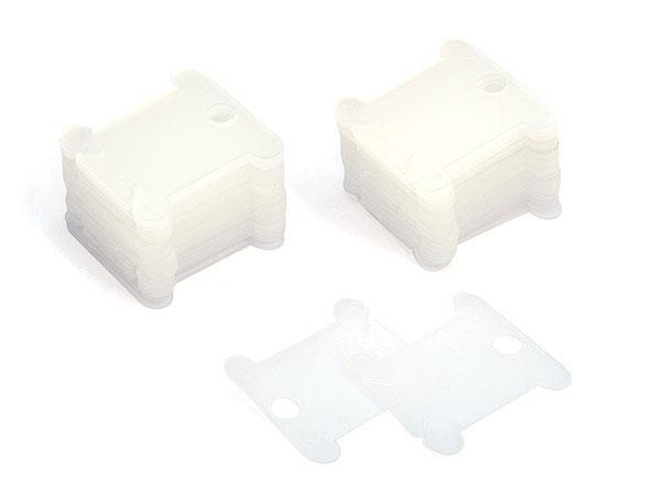 Шпули для ниток мулине Белоснежка, цвет: прозрачный, 50 шт007Универсальные шпули Белоснежка, изготовленные из прозрачного пластика, позволят наглядно хранить нити для вышивания. На каждую шпулю помещается один полный моток мулине. Внизу шпули находятся два среза, которые позволяют закрепить нити. Закрепите один конец в начале намотке и второй в конце.