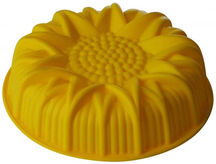 Форма для выпечки и заморозки Regent Inox Подсолнух, цвет: желтый. Диаметр 24,5 см93-SI-FO-15Форма для выпечки и заморозки Regent Inox Подсолнух выполнена из качественного пищевого силикона. Силиконовая форма имеет много преимуществ по сравнению с традиционными металлическими и алюминиевыми формами. Она идеально подходит для использования в микроволновых, газовых и электрических печах при температурах до 230°С. В случае заморозки до -40°С. По сравнению с традиционными формами и противнями, высокая теплопроводность силикона позволяет выпекать изделие при более низкой температуре, за более короткое время. Готовое изделие (выпеченное или замороженное) легко извлекается из формы, благодаря ее гибкости и антиприлипающим свойствам. Форма абсолютно безвредна для здоровья. Ее можно мыть в посудомоечной машине.