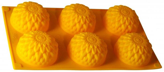 Форма для выпечки и заморозки Regent Inox Золотой шар, цвет: жёлтый, 6 ячеек93-SI-FO-28Форма для выпечки и заморозки Regent Inox Золотой шар выполнена из силикона и предназначена для изготовления выпечки. На одном листе расположено 6 небольших ячеек в форме шарообразных цветков. Оригинальный способ подачи изделий не оставит равнодушными родных и друзей. Силиконовые формы выдерживают высокие и низкие температуры (от -40°С до +230°С). Они эластичны, износостойки, легко моются, не горят и не тлеют, не впитывают запахи, не оставляют пятен. Силикон абсолютно безвреден для здоровья. Не используйте моющие средства, содержащие абразивы. Можно мыть в посудомоечной машине. Подходит для использования во всех типах печей. Формы для выпечки и заморозки Regent Inox - отличный подарок! Они удобны и необходимы любой хозяйке!