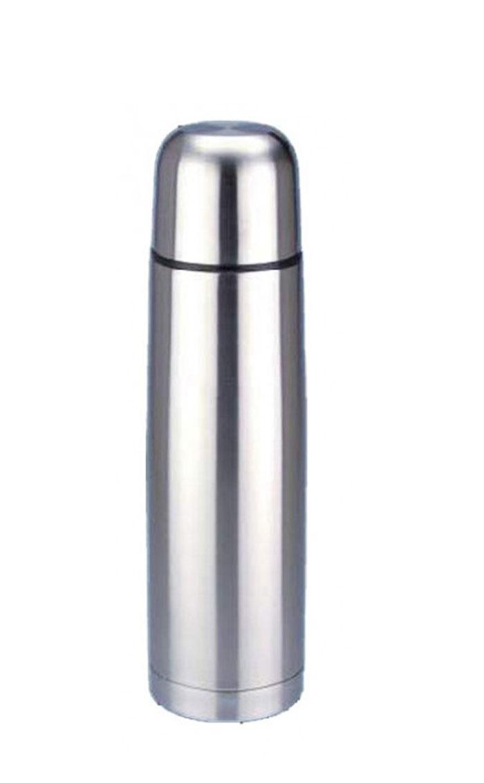 Термос Regent Inox Bullet, 1 л. 93-TE-B-1-100093-TE-B-1-1000Термос Regent Inox Bullet изготовлен из высококачественной пищевой нержавеющей стали с глянцевой и матовой полировкой, что обеспечивает высокую надежность и долговечность. Современная технология с вакуумной изоляцией и металлическая колба, способствуют более длительному сохранению тепла. Через 24 часа температура жидкости в термосе станет равна 48-50°С при условии, что температура окружающей среды не ниже 18°С, а температура жидкости при заполнении не ниже +99°С. Regent Inox Bullet оснащен пластиковой пробкой с удобным кнопочным механизмом - напитки можно наливать, открутив крышку и нажав на кнопку, а крышку можно использовать как чашку. Термос удобен в использовании дома, на даче, в турпоходе и на рыбалке. Пригодится на работе, в офисе и командировке, экономит электроэнергию и время. К термосу прилагается чехол из искусственной кожи.