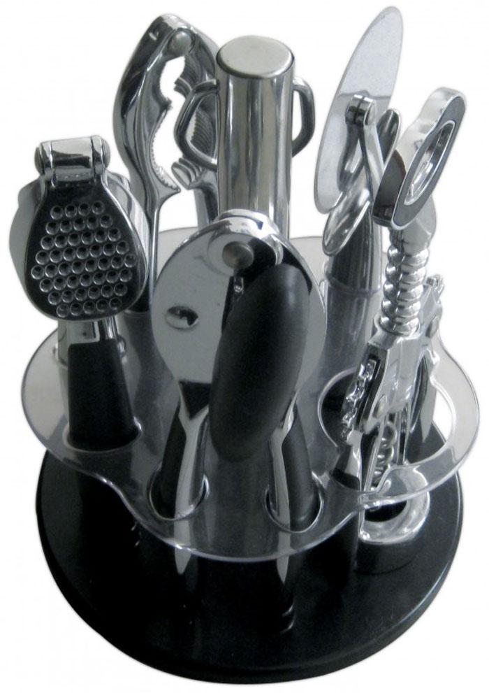 Набор кухонных принадлежностей Regent Inox Cucina, 6 предметов, цвет: черный93-CN-02-S2В набор входят надежные и удобные в использовании кухонные пренадлежности, необходимые в каждом доме. Рабочие части выполнены из высококачественной стали. Удобные нескользящие ручки с пластиковыми вставками. Вращающаяся подставка для компактного хранения кухонных принадлежностей. Все предметы, кроме подставки, можно мыть в посудомоечной машине. Не использовать при мытье абразивные чистящие средства. В состав набора входят: штопор, консервный нож, пресс для чеснока, орехокол, нож для пиццы и пластиковая подставка.